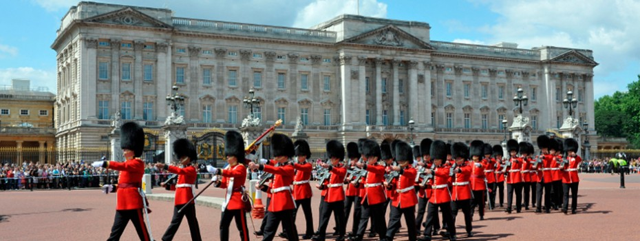 Exclusive private guided tours of london great britain for Wilson county motors service